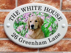 Golden Retriever dog house plaque